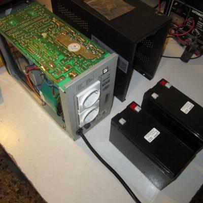 Αντικατάσταση Μπαταριών σε Σύστημα Αυτονομίας Ηλεκτρικού Ρεύματος (UPS)